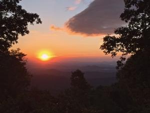 sunrise len foote hike inn